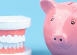 Welche Preise Du für ein Bleaching bezahlst, ist auch vom Ort der Zahnaufhellung abhängig.